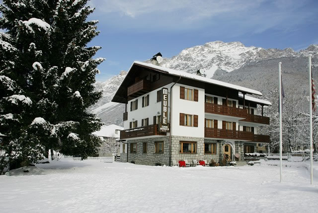 Meuble' Cima Bianca Ski Accommodation