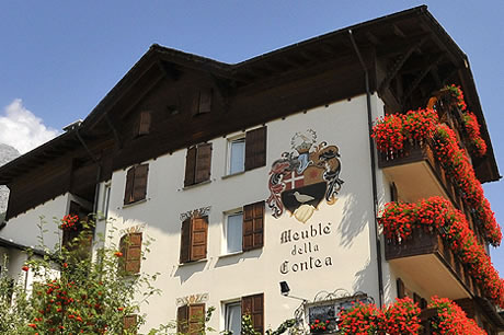 Meuble' della Contea Ski Accommodation